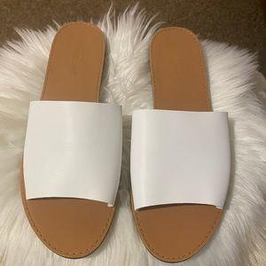 Basic Slide White Sandal